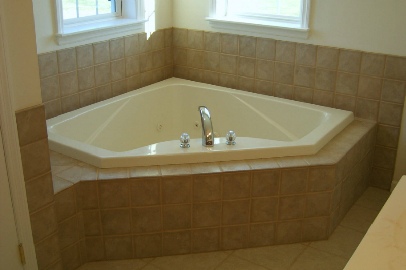 Tile Corner Tub